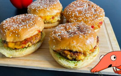 Juicy CHICKEN BURGERS – cheddar cheese and paprika